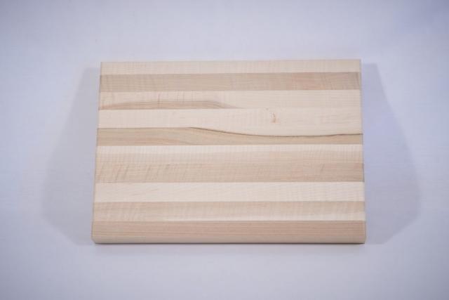 Cutting board milled with a CNC machine